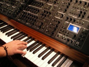 Synthesizers Under $1000