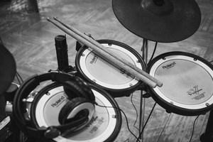 Electronic Drum sets Under $1000