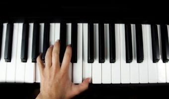 The Best Digital Pianos Under $500