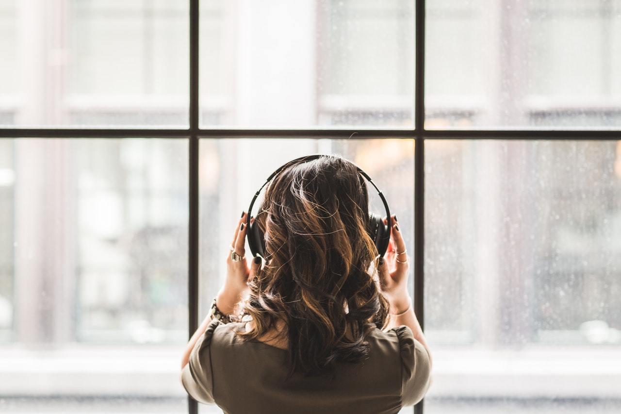 listening to music 2018