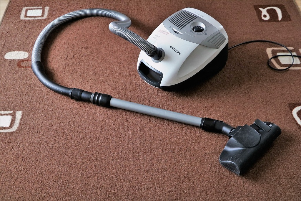 carpet & vacuum cleaner