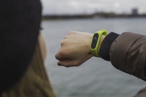 Best Cheap Fitness Trackers Under $50